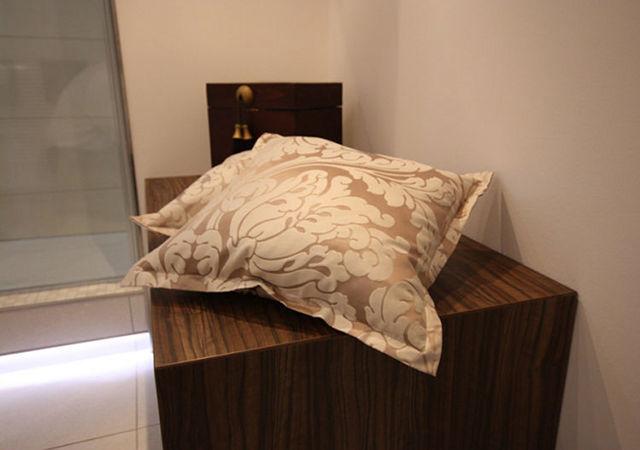 Badezimmer mit Kuschelfaktor. Zur Sitzbank passend fertigten wir 2 kleine Kissen an.