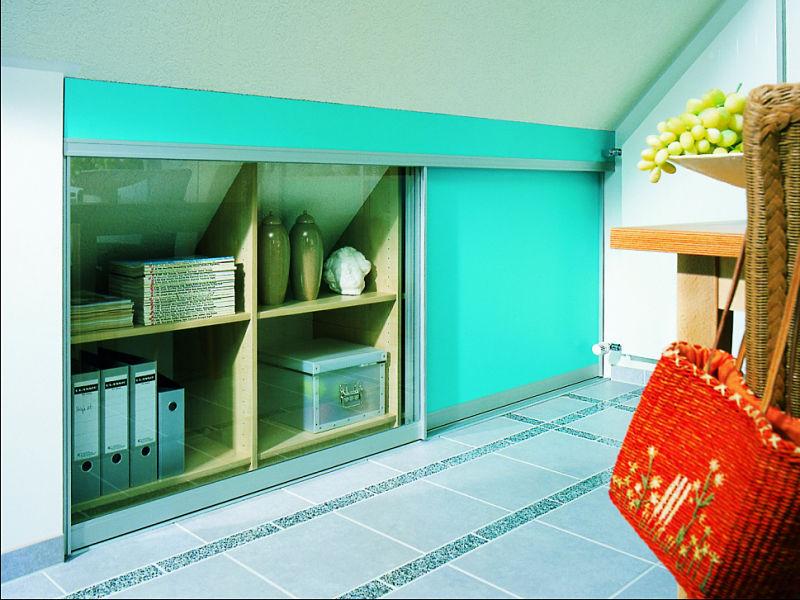 einbauschrank dachschr ge mit k pfchen geplant raumax. Black Bedroom Furniture Sets. Home Design Ideas