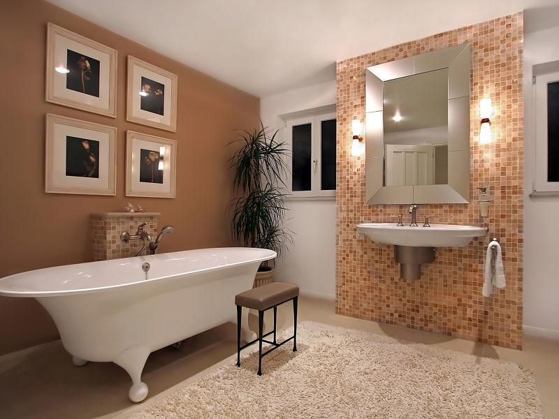 Innenausbau eines Badezimmers im klassischen Stil