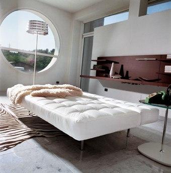 Modernes Design Schlafsofa, weißes Leder