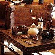 Afrikanischer Einrichtungsstil - geeignet für große Räume. Wenige Schnörkel charakterisieren die Möbel.