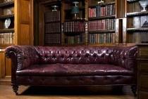 Englischer Einrichtungsstil - Massive und schwere Möbel zeichnen den englischen Wohnstil aus.