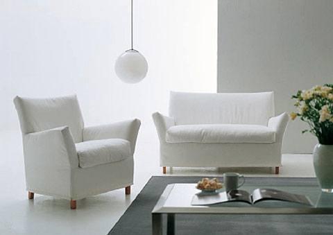 Klassischer Einrichtungsstil für zeitlose Eleganz - Die Wände sind eher in zarten Farben gehalten.