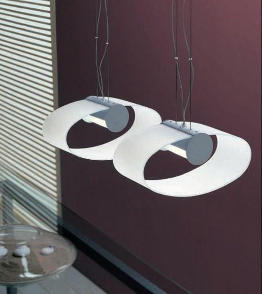 Designer-Hängeleuchte aus mattiertem Glas