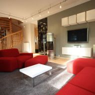 Wohnzimmergestaltung mit modernen Glastüren