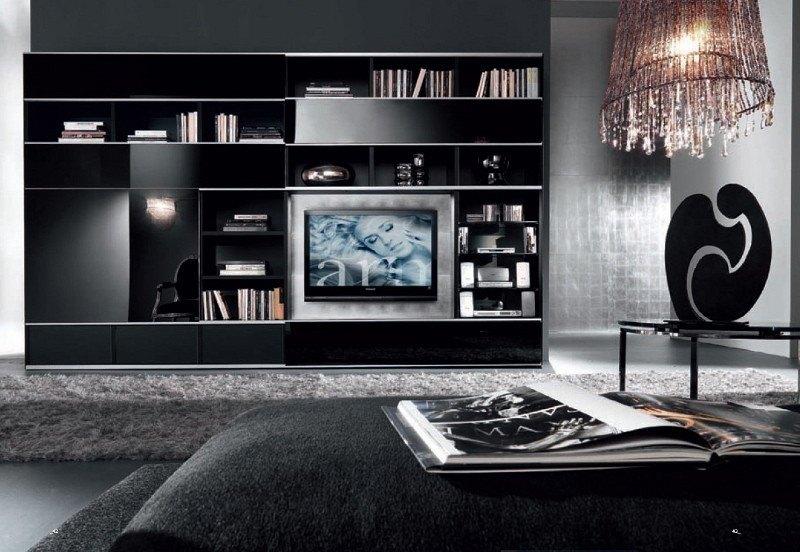 Designer-Wohnzimmer: Ausführung der Möbeloberflächen in Lack-Hochglanz-schwarz