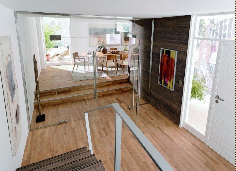 Glastür sehr schön als Raumteiler mit langer Edelstahlgriffstange