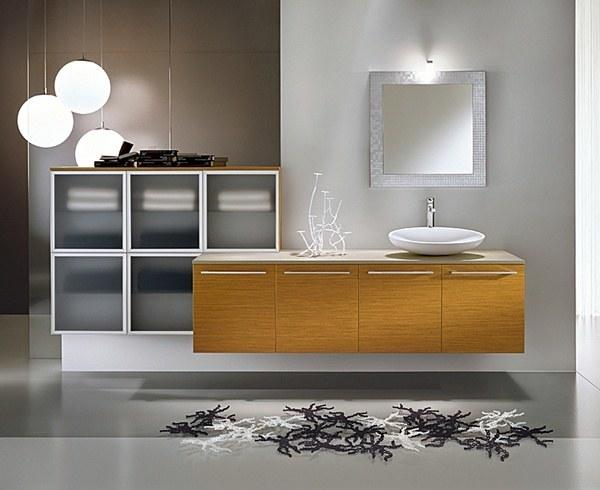 Designbadmöbel - Echtholz in Kombination mit Mattglas und Aluminium wirken in diesem Beispiel wirklich stilsicher.