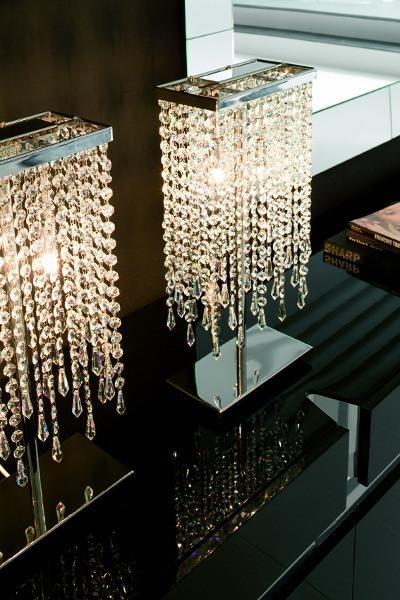 Innenraumbeleuchtung – hochwertige Beistellleuchte aus Kristallglas