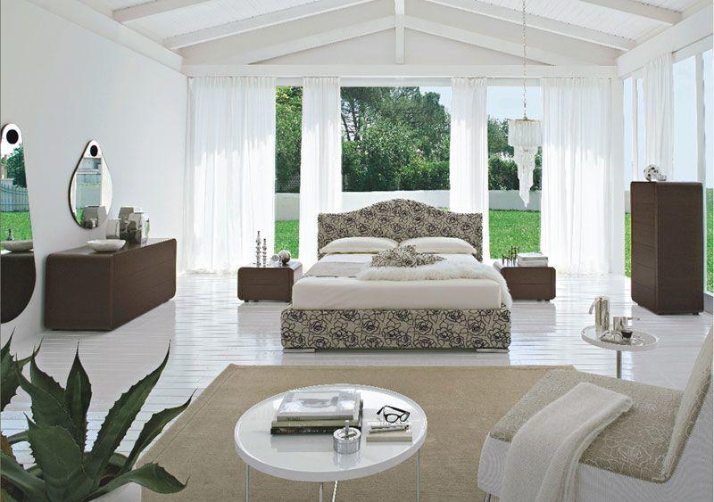 Modern Einrichten, Schlafzimmer in einem Atriumhaus