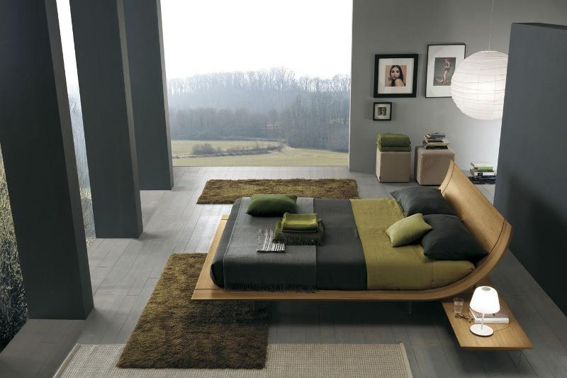 Ein Luxus-Schlafzimmer mit einem außergewöhnlichen Bett aus gebogenem Holz