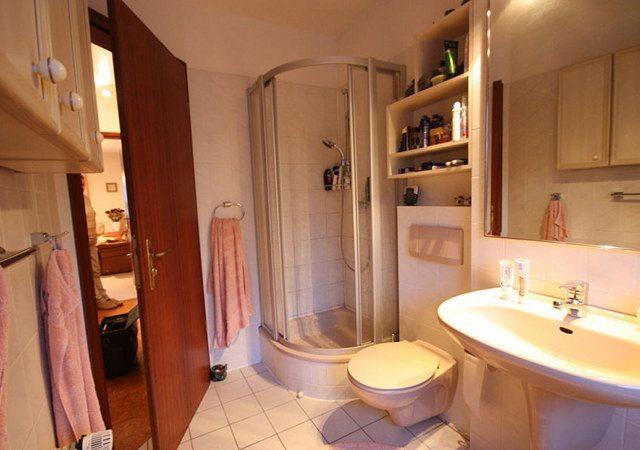 Aus diesem Bad machten wir ein Design-Bad