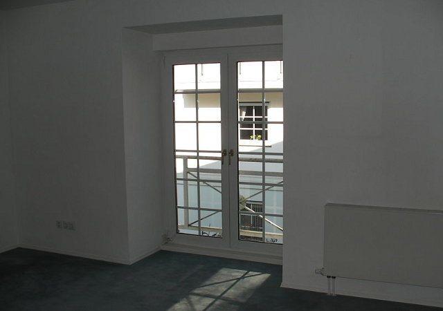 Das Schlafzimmer im Obergeschoss des Hauses vor der Hausrenovierung