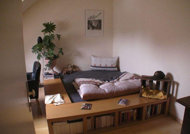 Das jetzige Schlafzimmer sollte nach dem Dachausbau aufgeräumter und gemütlicher wirken