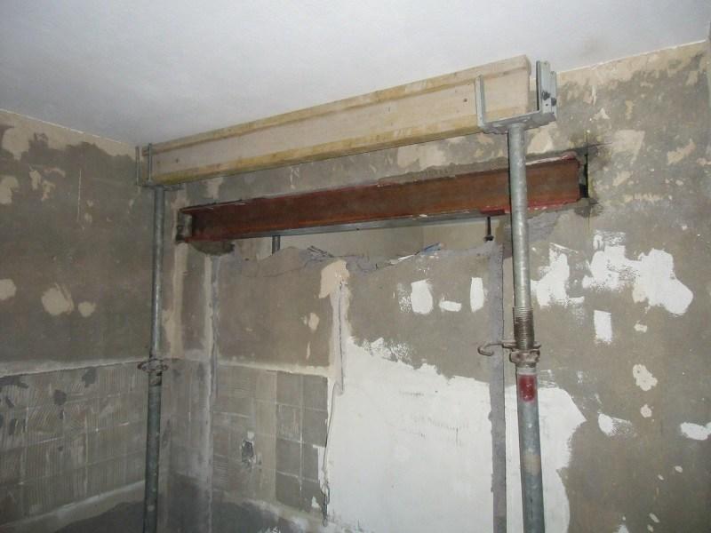 Fr Den Durchgang Zwischen Kche Und Wohnzimmer Zogen Wir An Dieser Stelle Einen Neuen Stahltrger Ein