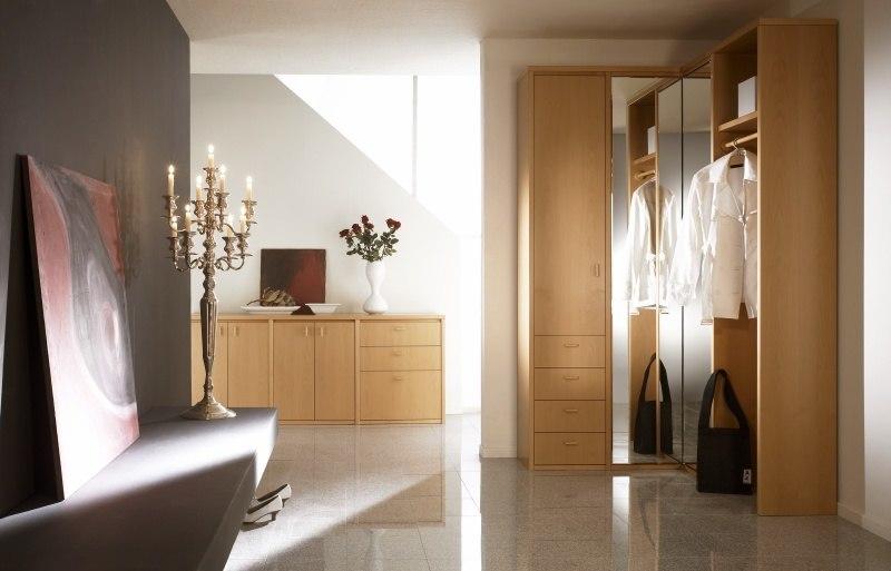 Flureinrichtung - Echtholzmöbel für den Flur sind für diejenigen die richtige Wahl, die hochwertige und langlebige Möbel lieben.