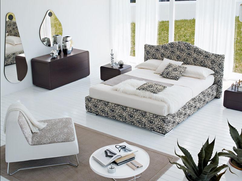 Hier sehen Sie, wie man ein modernes Schlafzimmer in Ihrem Haus einrichten kann.