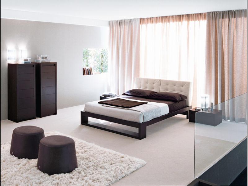 Haus Einrichten   Ein Luxusschlafzimmer Ein Haus Im Modernen Stil  Eingerichtet ...