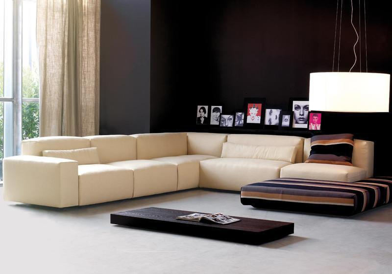 Wohnzimmergestaltung mit bequemer Sitzlandschaft