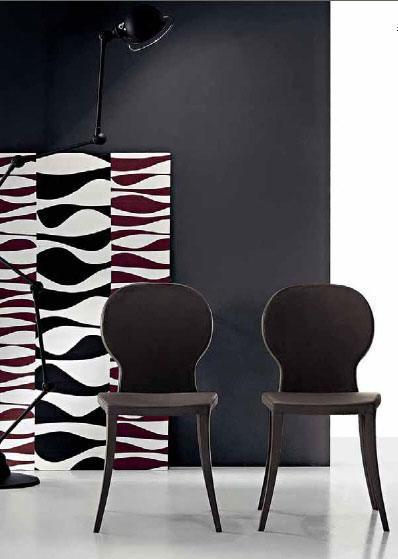 Farben, Muster und interessante Oberflächen sind wichtige Elemente unserer Arbeit. Sie können sich auf die Kompetenz unserer Innenarchitekten und Designer verlassen.