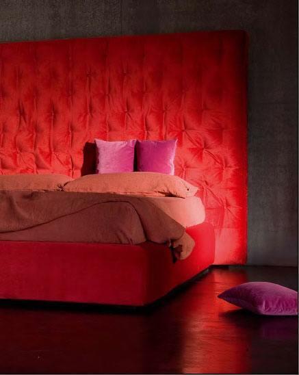 Möbelstücke müssen auf jeden Fall gemütlich sein, das beachten unsere Designer bei der Auswahl der Betten und Sofas für Sie.